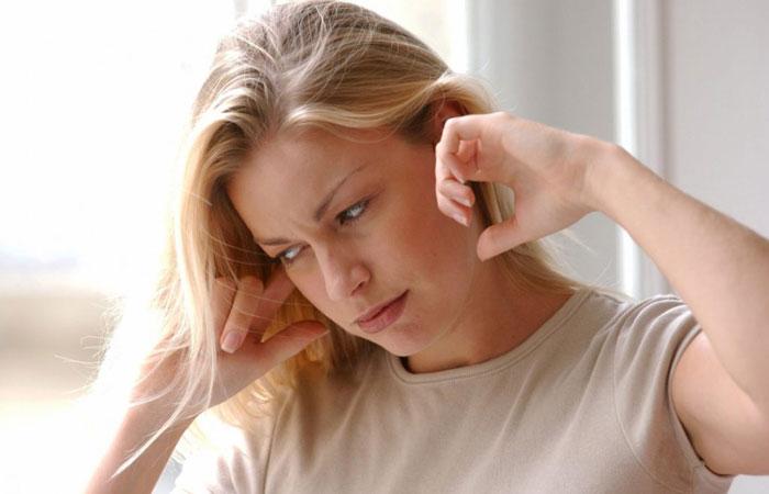беспокоит шум в ушах